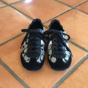 Coach athletic style lace up